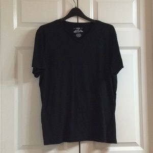 Women's Urban Pipeline Black Tee Shirt Barely Used